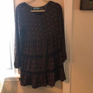 Long sleeve fall/winter dress.